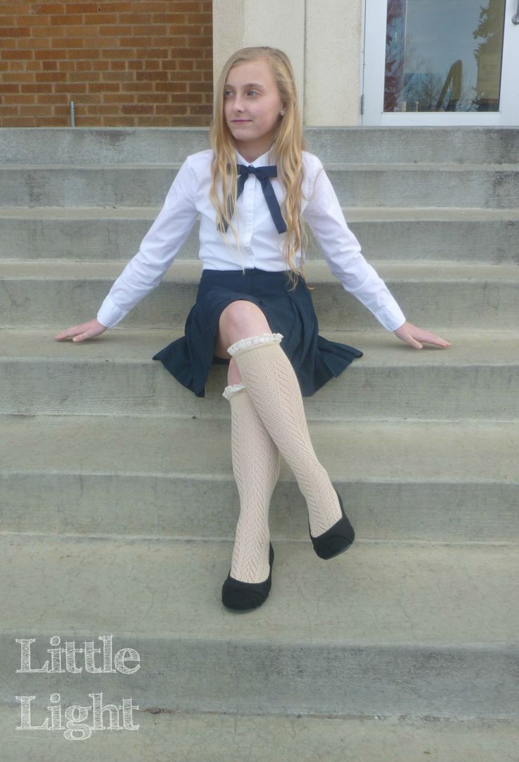 pics of young girls in school uniform