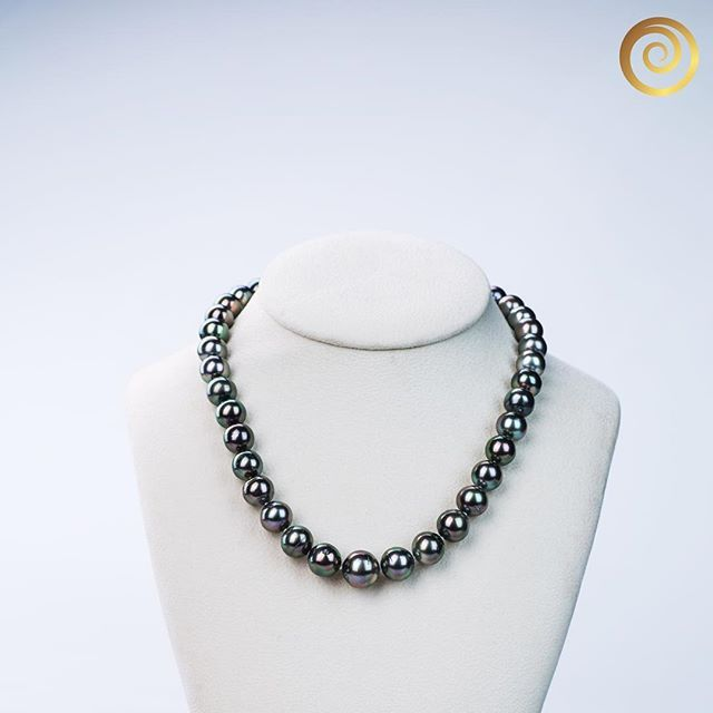 See the luster on this beautiful Tahitian Pearl Necklace? What a treasure from nature. #pearl #pearls #tahitianpearl #tahitianpearls #pearlnecklace #blackpearl #jewellery