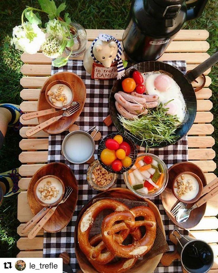 """1,470 Likes, 5 Comments - OUTING (@outingjp) on Instagram: """"@le_trefle さんphoto✨ キャンプの朝ごはん。 プレッツェルは形もかわいい❤️ 豪華なテーブルの上が より華やかに✨✨ *** #キャンプ # 朝ごはん #オシャレキャンパー…"""""""