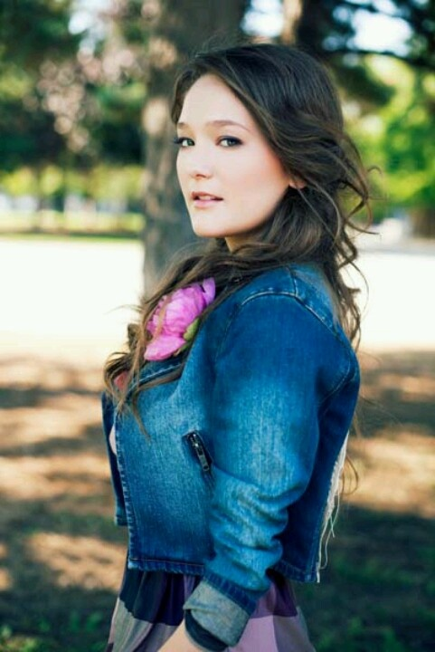 Kira Isabella - Blown Away Tour 2012 - Boots and Hearts 2013