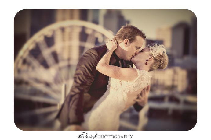 Fantastic shot of a couple at Rydges South Bank | Brisbane | Wedding