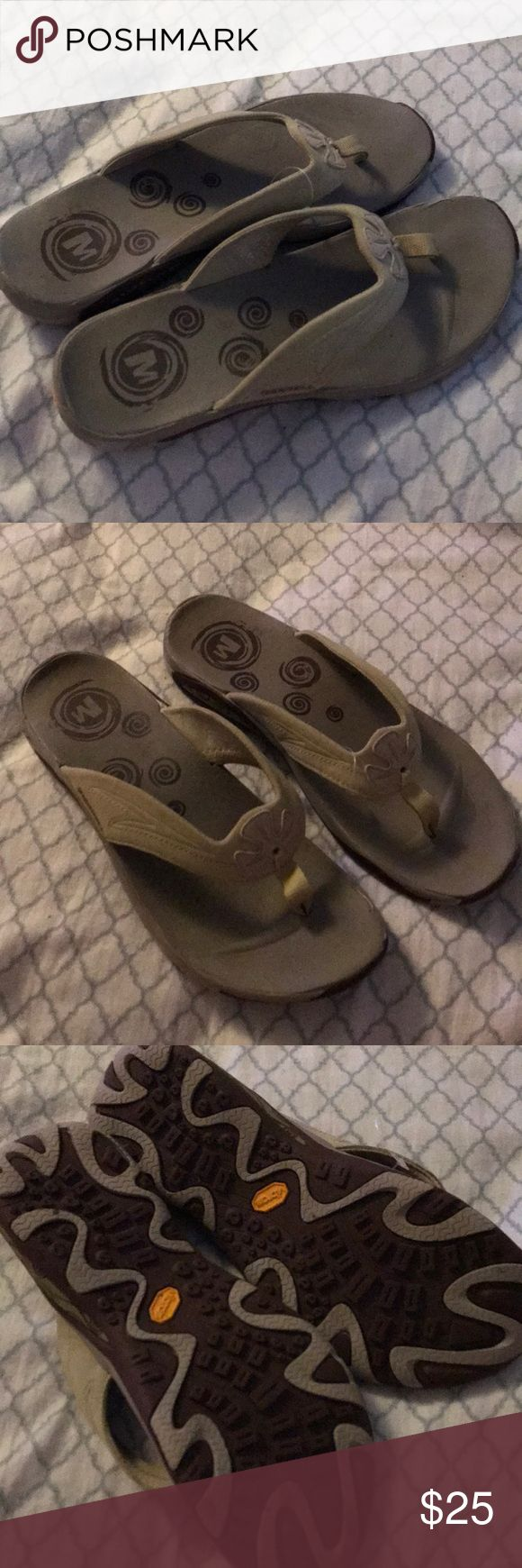 Merrill sandals Worn a few times Merrell Shoes Sandals