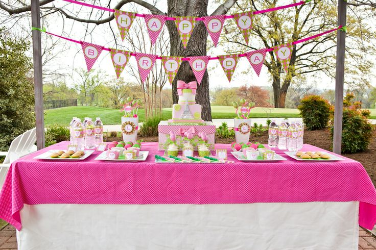 Tennis themed girls birthday party; Event styled by Washington DC event planner Petite Social on Fortique