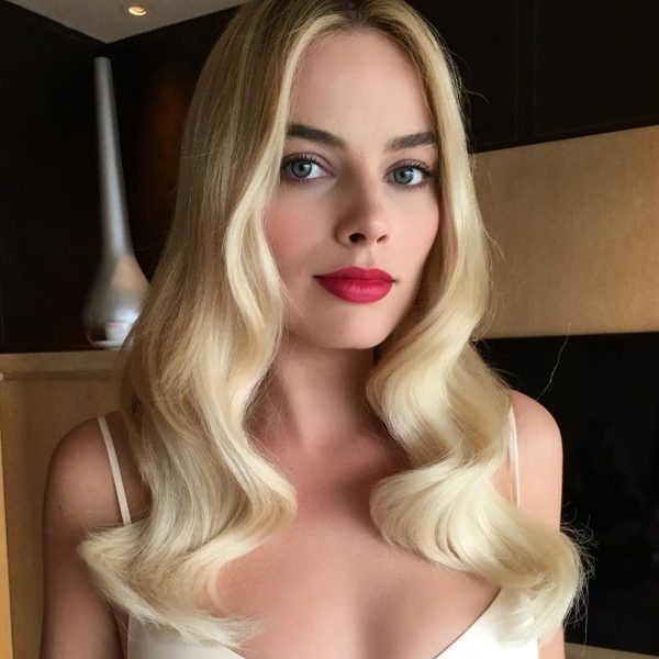 Classic and Glamorous (Margot Robbie Has The Secret For Faking Thick Hair)
