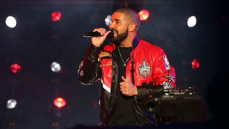 Drake's upcoming tour will be sponsored by Apple Music