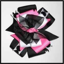 How To Make Hair Bows For Little Girls...i dnt even have girls but i could sell em if i did it right. plus, i have a billion nieces and what not