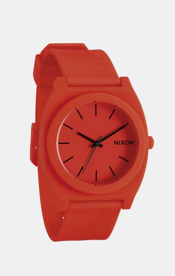 Neon Orange Time Teller Watch by Nixon. Its bold and simple lines cut through the philosophy of this piece, while Japanese quartz movement keeps things precise. It is the world where time is like a rubber, made flexible, and ignored. But this is where the Time Teller jumps in and let you through the day. http://www.zocko.com/z/JICN0