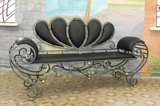 Кованая мебель в ресторанах