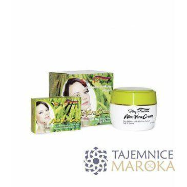 Yasmine Houda added this item to Fashiolista: http://www.fashiolista.com/item/16129845/