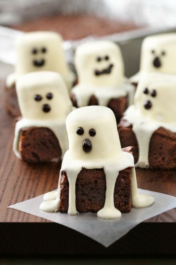 While this is demo'd as Halloween you could alter the character on top for a lego party using yellow candy melts or greet with a single eye for a monster theme or any number of additional themes. ~Spooktacular Halloween brownies are made easily with brownie mix!: