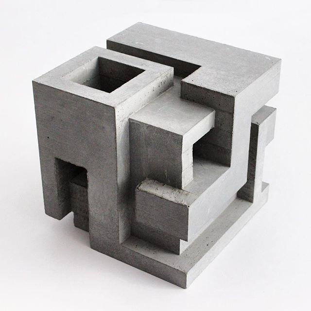 Cubic geometry ix vi concrete sculpture 9 x 9 x 9 in for Cubi spaceo