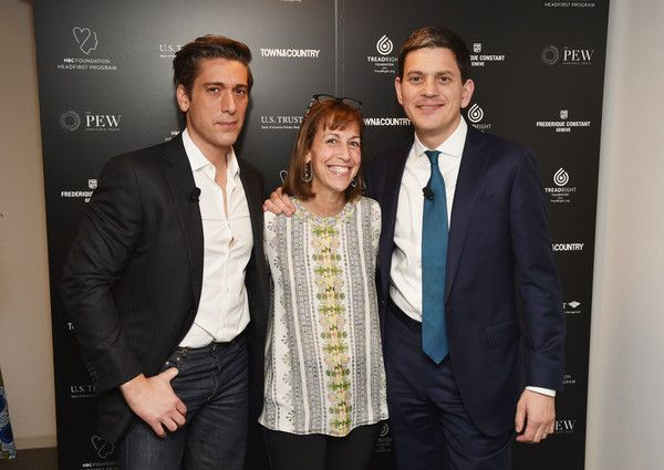 David Muir Photos Photos - ABC World News Tonight David Muir, Executive Director of Partnerships & Brand Development Hillary Koota Krevlin and President & CEO of the International Rescue Committee David Miliband attend the 4th Annual Town & Country Philanthropy Summit at Hearst Tower on May 9, 2017 in New York City. - 4th Annual Town & Country Philanthropy Summit