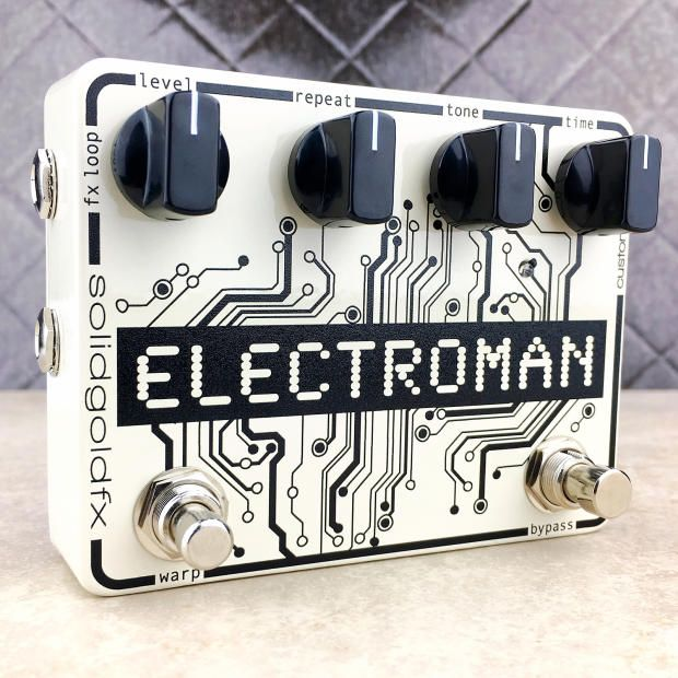 The ElectroMan is our vision of analog delay perfection. With 600ms of rich articulate delay time, a wide raging tone contour, FX insert, and custom Warp switch the ElectroMan is a true hybrid, giving users total creative control over their sound. Use the tone knob to shape your ideal delay voice, pushing your repeats forward in the mix or allowing them to dissolve into a beautifully murky wash. Generate new delay textures by applying your favorite effects to the wet signal via the FX Loop…