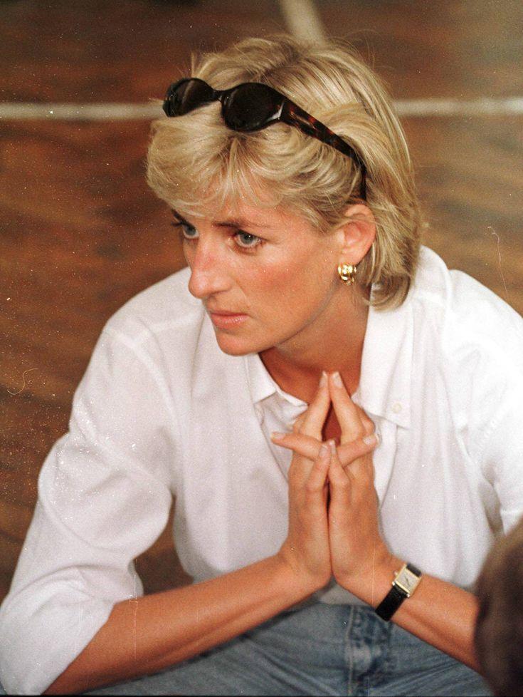 Diana wears Cartier tank watch