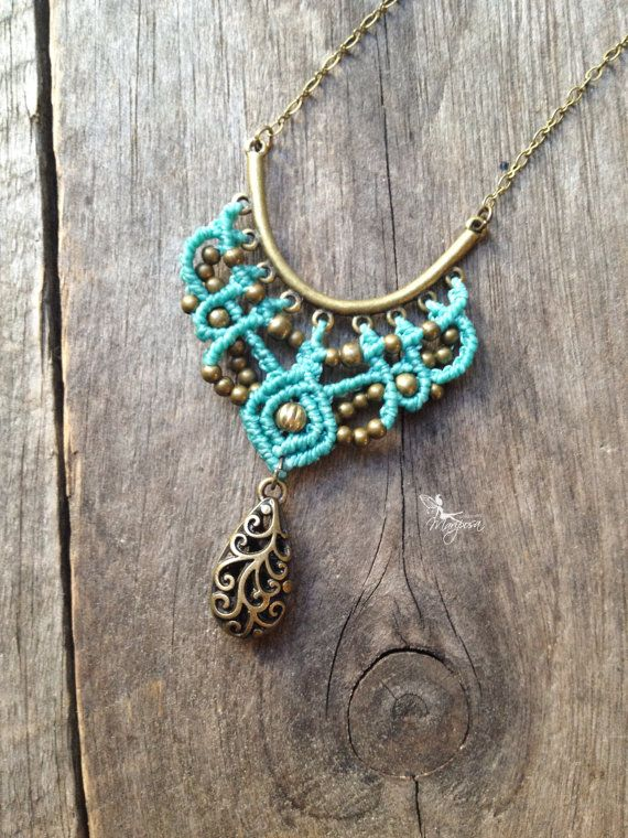 Micro macrame necklace in turquoise elven por creationsmariposa