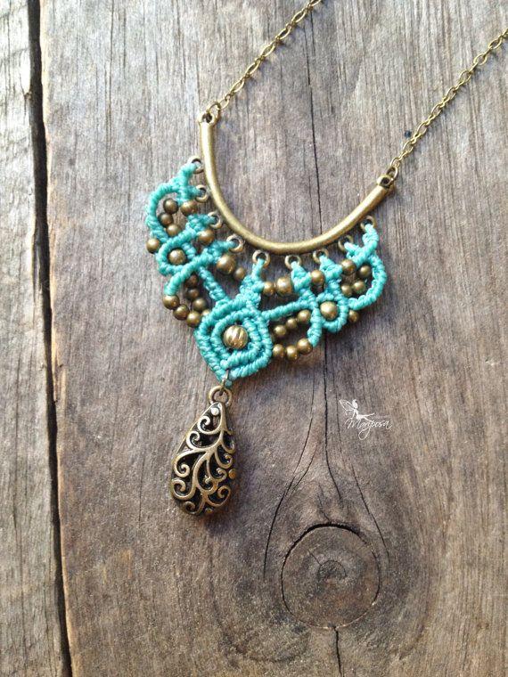 Micro macrame necklace in turquoise elven por creationsmariposa