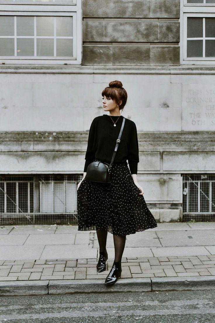 parure noire ⚫️ jupe plissée à pois