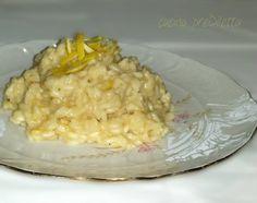 Risotto al limone, un primo piatto dal gusto raffinato. Il risotto al limone è una ricetta semplice, rapida e molto aromatica ed è la dimostrazione di .....