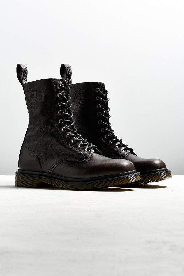 Dr. Martens Dr. Marten 1490 Harvest Boot