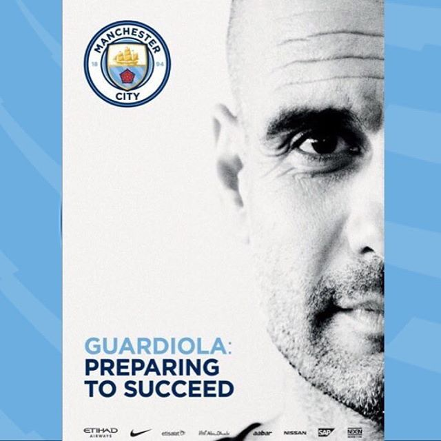 Today's match programme front cover: Manchester City v Sunderland WELCOME PEP…