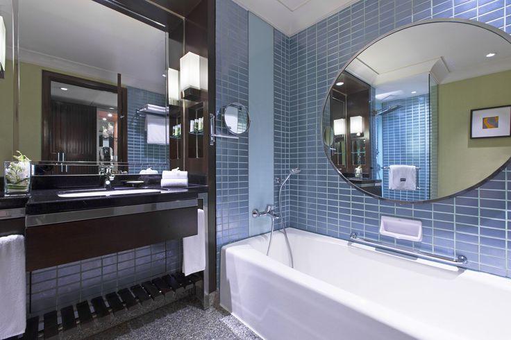 Premium Deluxe Bathroom