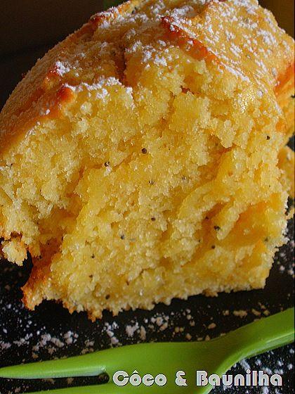 bolo de limão com sementes de papoila (húmido)