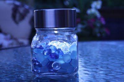 Solar Jar Light!  Easy peasy!: Lights Crafts, Solar Lights, Solar Jars, Glasses Jars, Sun Jars, Crafty Mama, Jars Lights, Pretty Sun, Summer Ideas