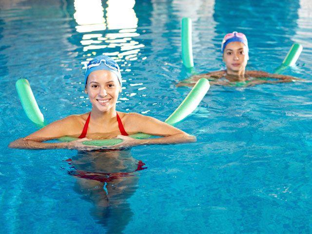 AQUA-JOGGING - Anspruchsvolles Ausdauer-TrainingWorum geht's?Beim Aqua-Jogging schwebt der Körper im Wasser und erhält Auftrieb durch eine