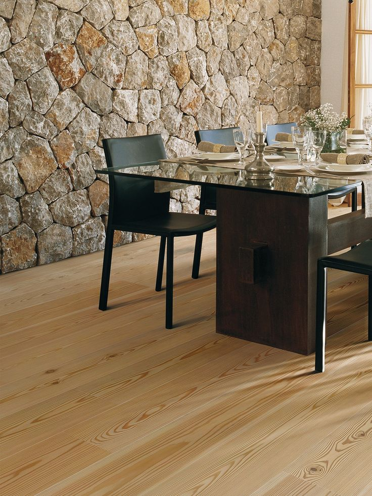 The #elegance of the larch for a #parquet which must be admired. Parquet Keer of Contatto collection by #Woodco