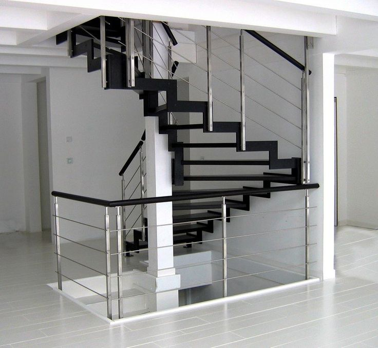 25 best ideas about escalier m tallique on pinterest escalier design escalier droit and. Black Bedroom Furniture Sets. Home Design Ideas