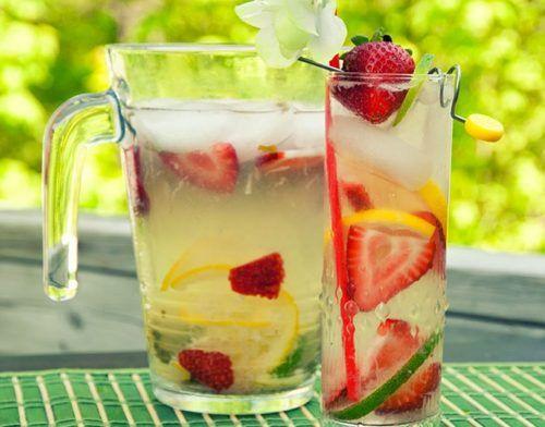 Alkoholmentes menta-eperbólé, hűsítő kényeztetés a nyári napokra! - Ketkes.com
