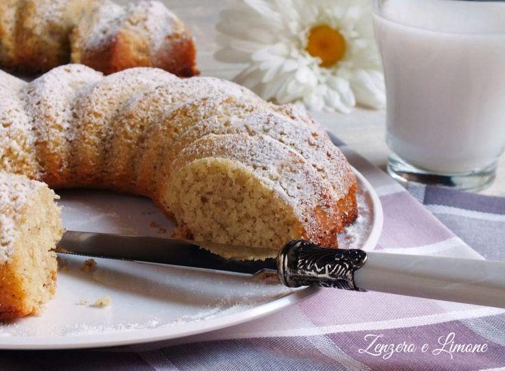 La ciambella al latte di cocco e vaniglia è una torta da credenza soffice, profumata e delicata ed è perfetta per la colazione e la merenda.