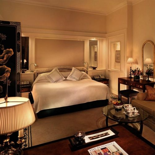 The Peninsula #HongKong, all rooms and suites are furnished to the very highest standards of luxury in a fresh classic European style.