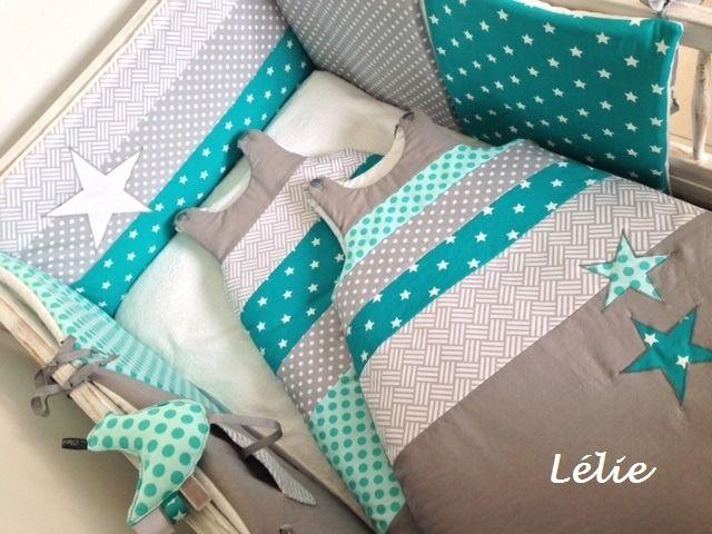 Tour de lit, 2 gigoteuses SUR COMMANDE / Menthe, gris, blanc et turquoise : Linge de lit enfants par chez-lelie