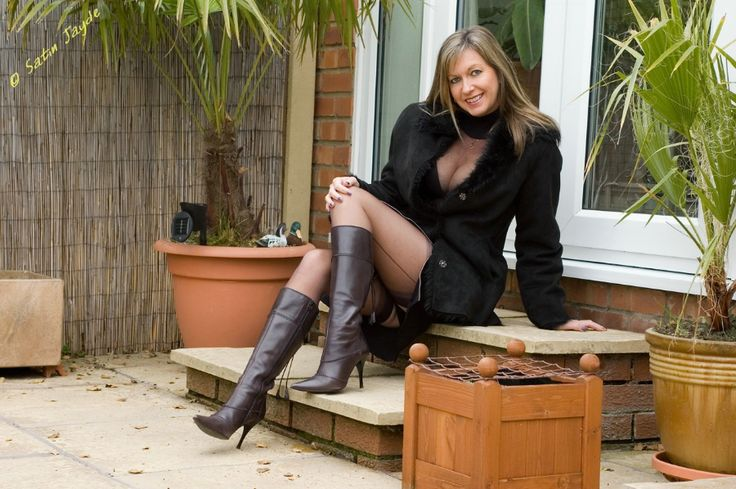 Mature Milfs In Boots 21