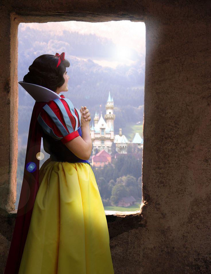 <3 Snow White