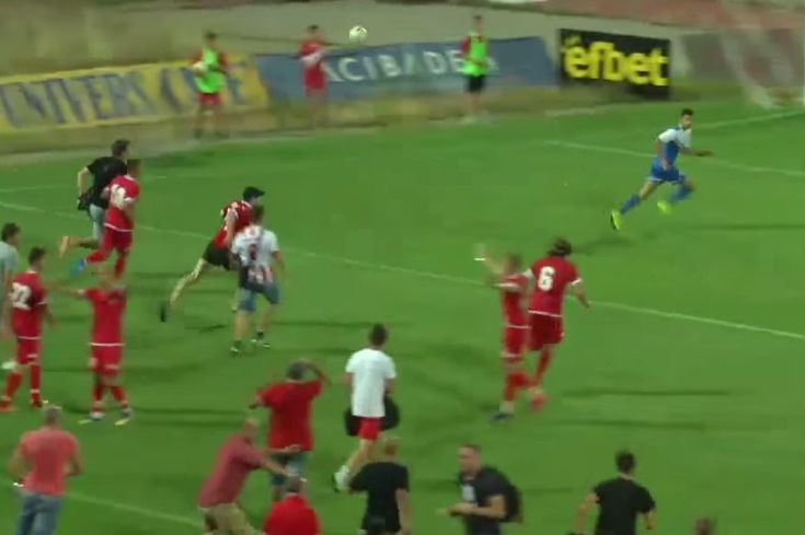 """There were incredible scenes during a """"friendly"""" match between Bulgaria's CSKA Sofia and Israel's Ashdod on Sunday. After a heavy tackle in stoppage time from an Ashdod player, tempers boiled over..."""