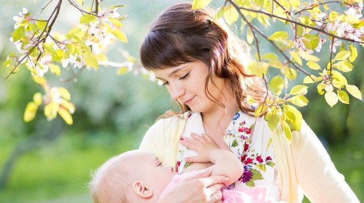 Despre colostru, alăptare şi laptele matern. #sarcina #alaptare. http://www.nutricia.ro/parinti/alaptarea/articole-alaptare/colostrul-aurul-lichid-id-354-cmsid-24