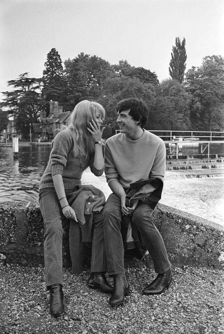 Soft & masculine sweater. Catherine Deneuve and David Bailey, 1965