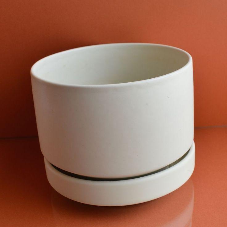 R Lindh White Flower Pot & Saucer Arabia Wärtsilä Finland Model SN Size M