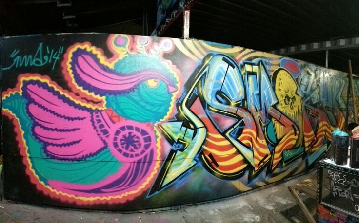 Collab Hummingbird with Menaw (graffiti)
