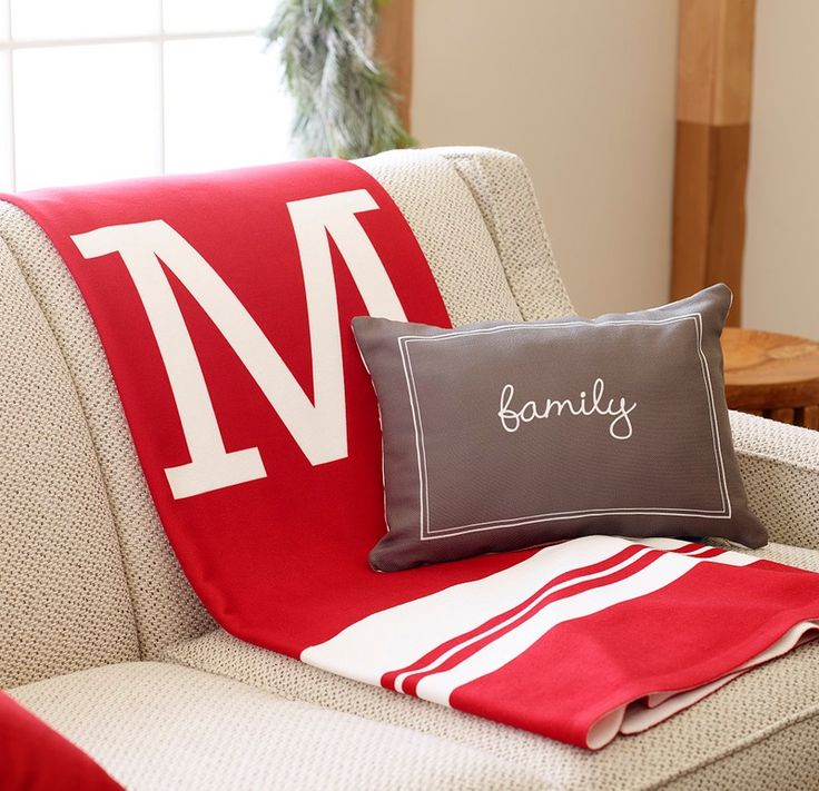 Shop pillows and fleece blankets for the holiday season and personalize a friend or family\u0027s name & 51 best Pillow Party images on Pinterest | Personalized pillows ... pillowsntoast.com