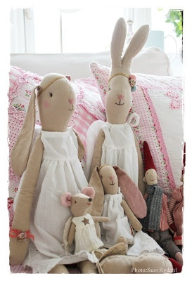 rabbit family... MOM USED TO MAKE THESE