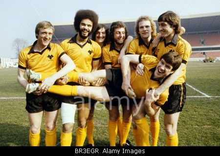 Wolves League Cup final players Andy Gray George Berry  John Richards and Emlyn Hughes. Kenny Hibbitt Peter Daniel and Derek Par Stock Photo