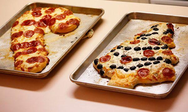 Por que non facer unha Pizza divertida e diferente? Os ingredientes os escolles ti. Ánimo