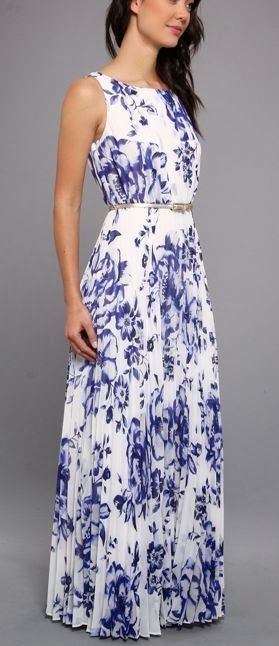 Sleeveless Printed Maxi Dress Issues and Inspiration on http://fancytemple.com/blog Womens Fashion Follow this amazing boards and enjoy http://pinterest.com/ifancytemple