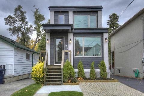Home for #Sale close the #Beaches with an Urban Custom Design 126 Hollis Ave