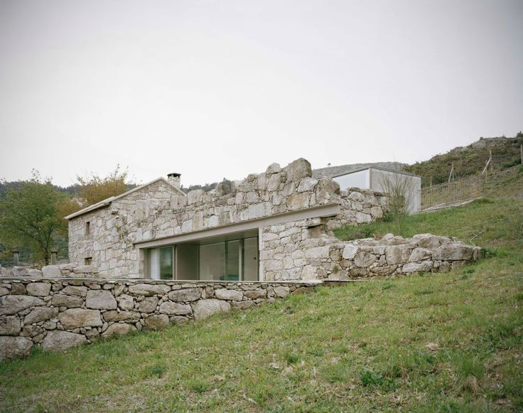 Stunning Stone House in Rural Portugal    This charming stone house located in rural Portugal was in need of an upgrade. ArchitectsNuno Brandão Costatook on the challenge of renovating and extending the building inMelgaço, a village i   http://feedproxy.google.com/~r/FreshInspirationForYourHome/~3/oPVV2C2wyoM/