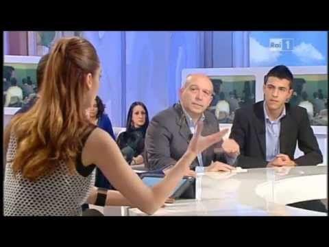 """IL LICEO GINNASIO """"Giorgio Asproni"""" di NUORO ospite a UNO MATTINA"""