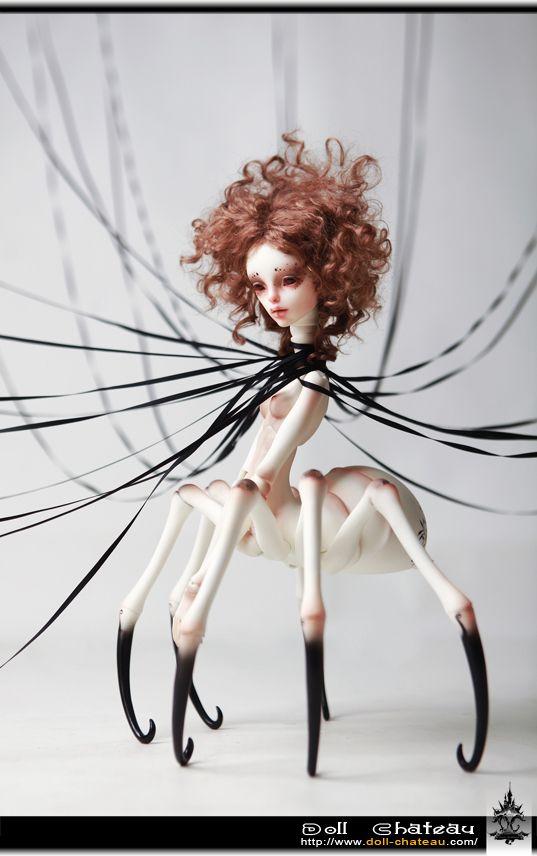 Spider BJD : Elisabeth from Dollchateau horror haunting  haunt  home house